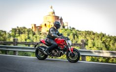 Ducati Monster 821: Brillant petit monstre - Galerie de photos - Moto Journal