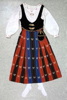 Choir Dresses, Waist Skirt, High Waisted Skirt, Cheer Skirts, Fashion, Moda, High Waist Skirt, Fashion Styles, Fashion Illustrations