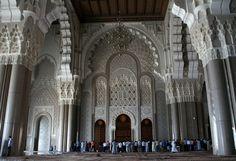 mihrab of hassan 2 mosque ile ilgili görsel sonucu Hassan 2, Casablanca, Mosque, Barcelona Cathedral, Spirituality, Building, Places, Travel, Viajes