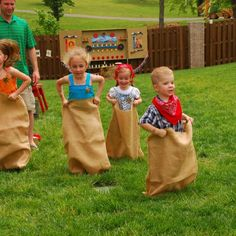 already have the gunny sacks. Put on some bandannas and ye got yerself a cowboy gunny sack race!We already have the gunny sacks. Put on some bandannas and ye got yerself a cowboy gunny sack race! Rodeo Party, Cowgirl Party, Horse Party, Rodeo Birthday, Fall Birthday, Carnival Birthday, Cowboy Birthday Party Games, Harvest Birthday Party, Birthday Board