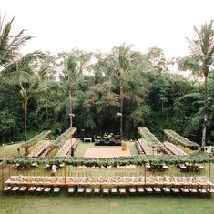 Oh-la-la look at this pretty setup for 150 guests wedding in front of that jungl… summer wedding trend – Outdoor Wedding Decorations 2019 Bali Wedding, Hawaii Wedding, Wedding Tips, Garden Wedding, Wedding Events, Destination Wedding, Dream Wedding, Wedding Destinations, Wedding Set Up