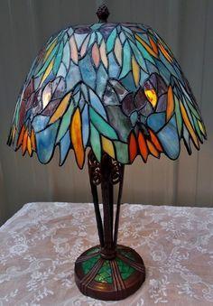 Home Design Decor, House Design, Art Nouveau, Art Deco, Stained Glass Lamps, Tiffany Lamps, Tree Leaves, Glass Art, Mosaic
