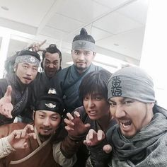 Six Flying Dragons Cast