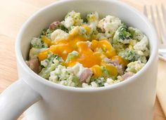 Cheese and Broccoli Egg Whites Mug Recipe from AllWhites and Better'n Eggs 146 calories, 4 grams fat, 22g protein For Ovo-Lacto vegetarian take out the ham of course.
