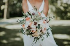 Minimalist and Budget-Friendly Wedding at Oatlands Historic House and Gardens