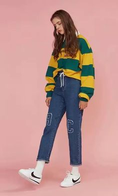 Streetwear Fashion trends and outfits for sale Fashion Poses, Teen Fashion, Korean Fashion, Fashion Outfits, Womens Fashion, Fashion Trends, Runway Fashion, Looks Style, My Style