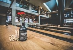 [Fotoalbum] Bierfabriek Amsterdam | Entree Magazine Beer Bottle, Amsterdam, Drinks, Travel, Photos, Photograph Album, Beer, Drinking, Beverages