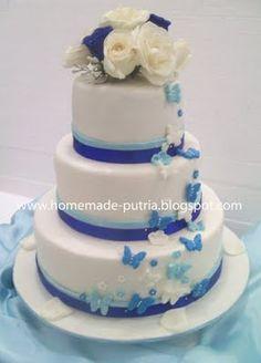 [Order] Blue Butterfly Wedding Cake 3 Tiers From Mba Ruri Jogja @Auditorium UPN Yogyakarta | Home Made Cake and Cookies ::Online Cake Shop Jogjakarta::