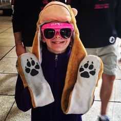 The #1 accessory for all Halloween costumes! #DLNshades #halloween #trickortreat #boo #costume #accessories #paws #DLN #visorshades #GlassesForACause