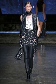Love this look with leather legging, short skirt and gloves! Karl Lagerfeld For Riachuelo Spring/Summer 2017 Ready-To-Wear Collection…