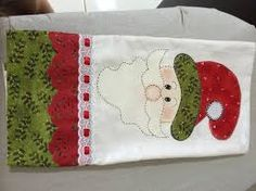 Santa on a towel Christmas Towels, Christmas Tea, Christmas Sewing, Christmas Projects, Handmade Christmas, Xmas, Felt Patterns, Applique Patterns, Applique Designs