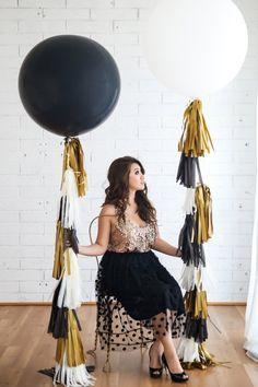 40 inch Balloon Tassel // Glitz & Glam // Gold, Black, Ivory // New Years Eve…