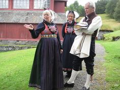 sogn dame — Bunadtilvirkerne Norway, Families, Boards, Costumes, Couples, Travel, Dresses, Women, Planks