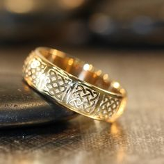 Celtic Wedding Band Comfort Fit 14k Yellow Gold Unique Wedding Anniversary Ring Him or Her (Other Metals & Ring Engraving Available)