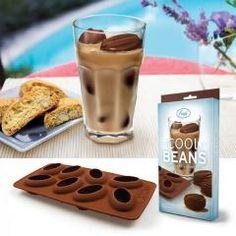 Eiswürfelform Kaffebohnen - und der Eiskaffee ist endlich nicht mehr wässrig.