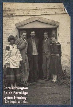 Lytton Strachey | Dora+Carrington+Ralph+Partridge+Lytton+Strachey.jpg