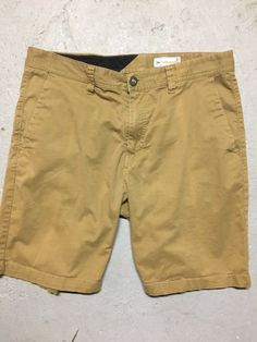 "NEW Aeropostale Light Beige Khaki Bermuda Twill Shorts 9/"" Inseam F1-7"