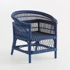 Características del sillón de mimbre, MaluEstructura de listones de mimbre y trenzado de mimbre.Acabado de barniz nitrocelulósico o pintura acrílica. Dimensiones del sillón e mimbre, Malu:An. 74 x Al. 74 x Prof. 70 cm.Asiento An. 45 x Al. 38 x Prof. 50 cm Dimensiones y peso del/de los paquetes: 1 paquete, An. 76 x Al. 76 x Prof. 72 cm y 8 kg. Se entrega ya montado.