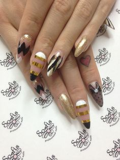 Valentine's gold nails with white and black details !!!!! Somfis nails!!!