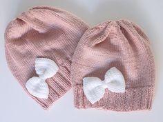 Life with Mari: Rusettipipot ja yksi pari sukkia Knitted Hats, Knit Crochet, Winter Hats, Knitting, Life, Crocheting, Baby, Fashion, Long Scarf
