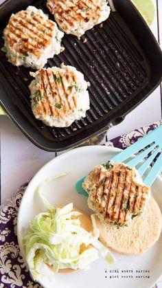 Paleo Thai Chicken Burgers #food #paleo #grainfree #glutenfree #burgers #chicken #thai