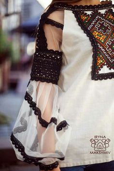 Pakistani Dresses Casual, Pakistani Bridal Dresses, Pakistani Dress Design, Boho Fashion, Girl Fashion, Fashion Dresses, Womens Fashion, Muslim Fashion, Kurti Designs Party Wear