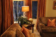 Savvy Seasons by Liz: The Living Room (No more Christmas) Tuscan Decorating, Decorating Ideas, Tuscany Decor, Tuscan House, Brown Sofa, Home Interior Design, Future House, Living Rooms, House Ideas