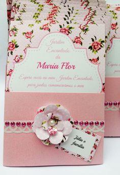 Convite Floral com faixa e flor de papel