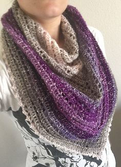 Ravelry: Mammawebb's Simple Gradient Triangle Shawl