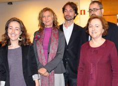 En la imagen, la doctora Mª Victoria Trianes junto al resto de su equipo. Ganadores del Premio TEA en 2010 por el IECI, Inventario de Estrés Cotidiano Infantil.