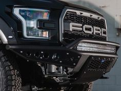 Addictive Desert Designs has already released some custom aftermarket bumpers for the 2017 Ford Raptor, gearing up for the release this Fall. Custom Ford Ranger, Ranger 4x4, Ford F150 Raptor, Desert Design, Lifted Ford, Truck Accessories, Ford Gt, Cool Trucks, Dream Cars