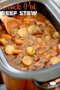 The Best Crock Pot Beef Stew (+Video) - slow cooker Slow Cooker Beef, Slow Cooker Recipes, Cooking Recipes, Beef Recipes, Crockpot Meals, Beef Stew Crockpot Easy, Slower Cooker, Slowcooker Beef Stew, Quick And Easy Beef Stew Recipe