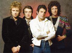ANTRO DO ROCK: Queen anuncia lançamento de disco duplo ao vivo co...