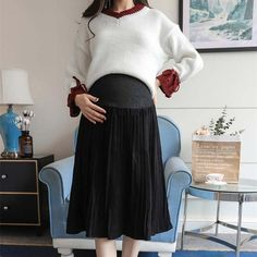 Stretch Belly Pleated Maternity Skirt | Lollabuy