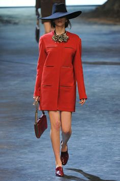 Lanvin Fall 2011 Ready-to-Wear Collection Slideshow on Style.com