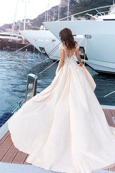 truestoryevent INVITING #lebanese COUPLEs TO WIN THEIR #lebanesewedding #2017 FOR FREE - e-mail for info #wedding #bride #weddings 💝 #weddingday #weddingcake #weddinginspiration #weddingideas #weddingdress #weddingdecor #groom #weddingplanning #instawedding #bridetobe #weddingphotographer #bridal #weddingorganizer 💝 #weddingparty #Lebanon #Beirut #Truelovestory