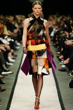 Givenchy | Fall 2014 Ready-to-Wear Collection | Style.com#29