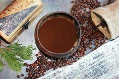 Kávový lógr: Skrytý poklad pro vaše tělo, vlasy i zahradu | Žijeme homemade Chocolate Fondue, Desserts, Food, Tailgate Desserts, Deserts, Essen, Postres, Meals, Dessert