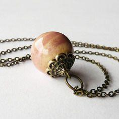 Collier céramique rose pêche, perle boule artisanale nuances roses, pièce unique artisanale fait main
