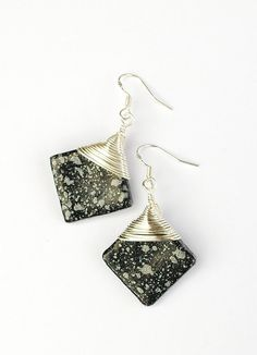Hey, I found this really awesome Etsy listing at https://www.etsy.com/listing/196473958/black-earrings-black-and-silver-dangle