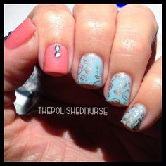 Delicate Nail Art #thepolishednurse #nailart #nails Instagram: @thepolishednurse