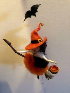 Nadel gefilzt Fee Waldorf inspiriert Hexe mit einem von DreamsLab3