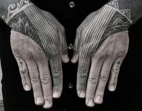 Impressive stippling tattoos by Kenji Alucky — Designspiration