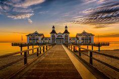Seebrücke Sellin Sonnenaufgang B1 von Marcus Winkelhake