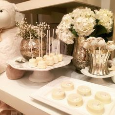 Can we just reminisce over this baby shower demo we displayed at @potterybarnkids_palmbeachfl @potterybarnkids?! I absolutely love mixed metals! Oh and can you believe those sweet little lambs were cake pops! Done by my very talented friend @sweetlydonebycandi by eventfullyyoursevents | @blckrc