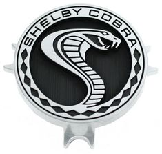Assorted emblems specific to Ford. Shelby Auto, Mustang Shelby Cobra, Shelby Gt500, Ford Lincoln Mercury, Fancy Cars, Cool Cars, Ford Mustang Logo, Tatto Old, Car Logos