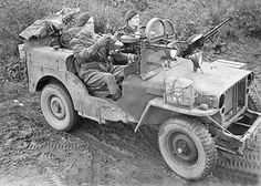"""In 1944, the SAS chose stripped down Willys MB """"Jeep"""" 4x4s for fast desert warfare."""
