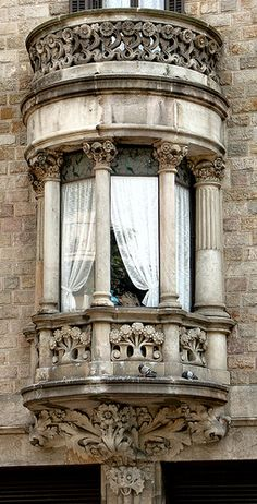 Window in Barcelona - Gran Via 542 e by Arnim Schulz, via Flickr