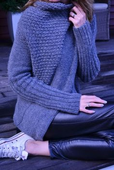 Free knitting pattern for Madge wrapped cardigan