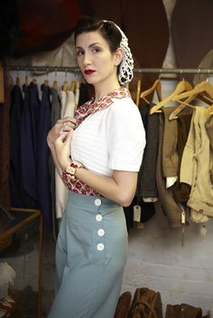 1940S Clothing | How Did Fashion Style for Women Evolve In 1940's - GownsExpress